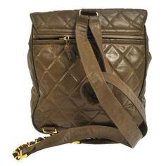 Auth-CHANEL-Quilted-CC-Logos-Chain-Zaino-Bag-Brown-Gold-vinile-Vintage-AK03645