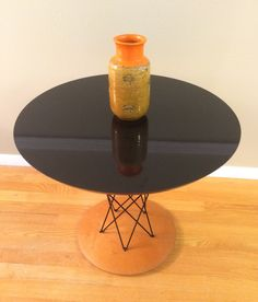 Cyclone End Table / NOS from the 1990's / Tulip style Table by ModernaireMCMStudios on Etsy