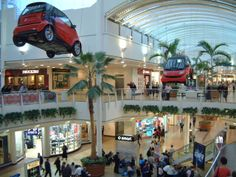 For smart's latest shopping centre roadshow campaign, we took to dizzying heights in order to suspend two #smartcars above the exhibition, making sure it could be seen from every angle of the venue. #exhibition