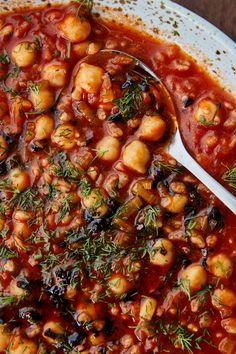 Veggie Recipes, Whole Food Recipes, Vegetarian Recipes, Healthy Recipes, Bean Recipes, Lunch Recipes, Mediterranean Diet Recipes, Thing 1, Original Recipe