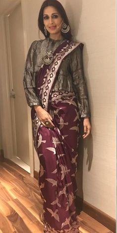 My Saree Wardrobe: Photo Silk Saree Blouse Designs, Sari Blouse, Silk Sarees, Peplum Blouse, Linen Blouse, Saree Dress, Saree Draping Styles, Saree Styles, Dress Indian Style