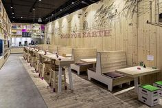 fastfood restaurant interiors 21