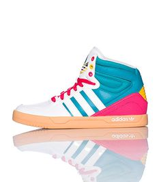 adidas High top women's sneaker Lace up closure Leather material throughout Padded ankle and tongue with logo Cushioned inner sole for comfort