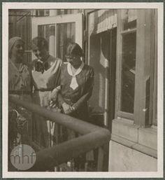 Kraków, balkon kamienicy na ul. Kanoniczej, lata 30