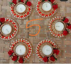 Ornament Wreath, Ornaments, T Lights, Diwali, Advent Calendar, Wreaths, Holiday Decor, Door Wreaths, Advent Calenders