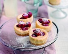 Individual cheesecakes