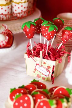 Strawberries #Strawberry Cake pops - visit www.weddingacrylics.co.uk for cake decorating and sugarcraft supplies!