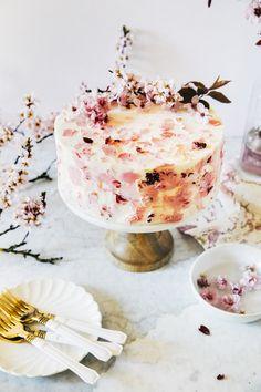 cherry blossom cake | hummingbird high || a desserts and baking blog
