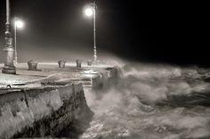 Concorso Trieste 2012 - foto della sezione Trieste by night   Sabatino Di Giuliano - Lo sbarco del mare