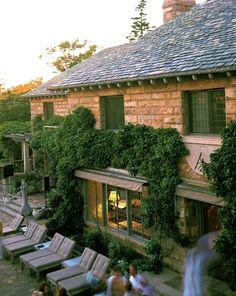 Skylands...one of Marths Stewart's beutiful homes