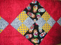 QUILTED TABLE RUNNER Patchwork  Provincial RUSSIAN NESTING DOLLS Matryoshka  #Handmade