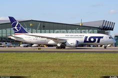 #Boeing 787-85D #Dreamliner, lokalizacja: Gdańsk - Port lotniczy im. Lecha Wałęsy (EPGD), autor: Michał Franczyk | #airport #epgd #gdansk