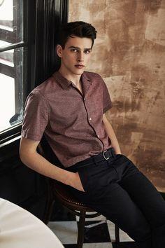 🔥 Simon Van Meervenne for 🔥 Boy Models, Male Models, Suit Fashion, Boy Fashion, Simon Van Meervenne, Beautiful Men Faces, Photography Poses For Men, Comme Des Garcons, Handsome Boys