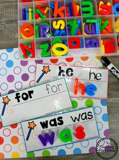 Sight Words for Kindergarten Join our Email Group for Ideas, Freebies & Special Offers.Looking for fun ideas to teach Sight Words for Kindergarten? These awesome hands o Kindergarten Sight Word Games, Preschool Sight Words, Teaching Sight Words, Sight Word Practice, Kindergarten Lesson Plans, Kindergarten Centers, Sight Word Activities, Preschool Literacy, Alphabet Activities