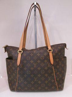 ae052ca6694d Keeks Buy Sell Designer Handbags - Louis Vuitton Monogram Canvas Totally MM  Handbag