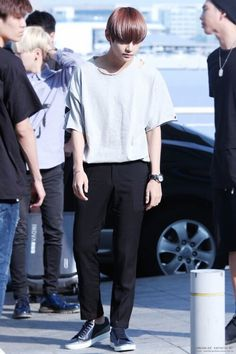 [Picture/Fansitesnap] BTS at Incheon Airport Depart to Thailand Jungkook Funny, Bts Bangtan Boy, Rap Monster, Boy Fashion, Korean Fashion, Jin, Incheon, V Taehyung, Bts Group