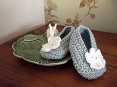 Baby girl booties shoes slippers crochet knit by dollycalledtopsy