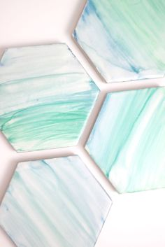 """How to: DIY Sharpie """"Painted"""" Coasters » Curbly 