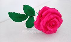 rose in carta crespa 6 modi per realizzarle facilmente - manifantasia Paper Flowers Wedding, Tissue Paper Flowers, Diy Flowers, Paper Folding, Flower Crafts, Baby Photos, Greenery, Origami, Birthday Parties