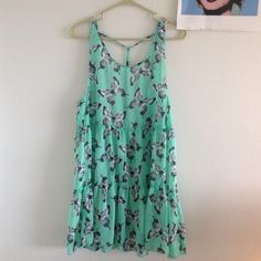 Xhileration Open backed dress Cute butterfly dress, perfect condition, no rips, stains, or signs of wear Dresses