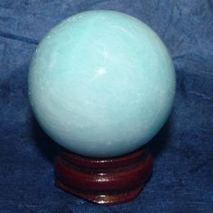 Hemimorphite is an empathy stone.  Blue Hemimorphite aids in communication of inner feelings toward healing unhealthy or damaged relationships. It is also used to:  encourage compassion develop the ability to connect with the 'other side' and angelic beings increase psychic or vision abilities develop inner strength excellent for energy in completing projects through to the end