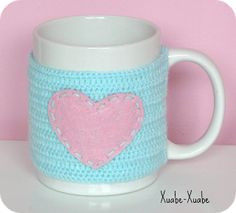 Xuabe-Xuabe: TAZA A LA CARTA: personaliza tus tazas con cubretazas a crochet.