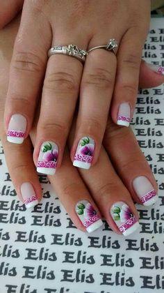 Unha delicada de Elis Embelleze. Sensitive nail. Uña sensible.  Unghie sensibili.