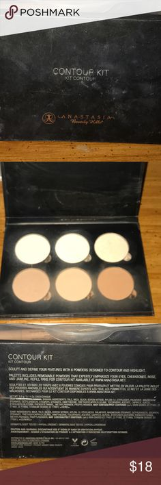 ANASTASIA BEVERLY HILLS Contour Kit Gently used kit none of the shades have hit pan. The shades are beautiful I am only wanting to sell this palette because I have a lot of contour kits in my collection. Anastasia Beverly Hills Makeup Bronzer