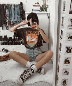 """comment """"friday"""" in ur language viernes :) Grunge Outfits, Mode Outfits, Retro Outfits, Trendy Outfits, Vintage Outfits, Summer Outfits, Girl Outfits, 80s Fashion, Grunge Fashion"""