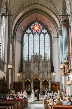 Vintage Chicago Wedding at Rockfeller Chapel - Lakeshore in Love Church Wedding Ceremony, Unity Ceremony, Wedding Ceremony Decorations, Chapel Wedding, Church Weddings, Gatsby Wedding, Wedding Bells, Fall Wedding, Dream Wedding