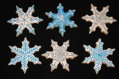 Snowflake Cookies by Confetti-American Style Cakes, Cupcakes, & Cookies, via Flickr
