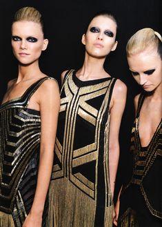 Art deco fashion - predominant bold shapes
