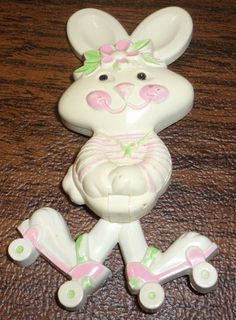 Vintage Avon Pin Pal Rapid Rabbit 1974, I had this pin which also lift up and held solid cologne, I had all the cologne pins and this one was one of my favorites. I want all my pins back