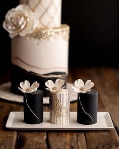 30 Black And White Wedding Cakes Ideas ❤ #weddingforward #wedding #bride #blackandwhiteweddingcakes