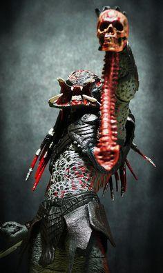 Berserker Predator raises a trophy kill art by Jova Cheung, Alien Vs Predator, Predator Movie, Predator Alien, Predator Series, Sci Fi Movies, Horror Movies, King Kong, Cyberpunk, Les Aliens
