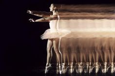 Stunning Movement Photography by Civitanova Marche, Italy based photographer Manuel Cafini.