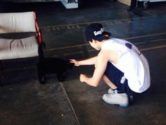 Jimin and a kitty cat (((: