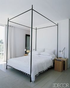 love a canopy bed and white