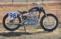 1959 Harley-Davidson KR750 Flat Tracker, ex-Joe Leonard racer, restored by original tuner Marsh Runyon