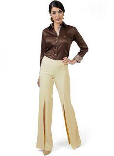 calca pantalona bege com fenda principessa edith look completo