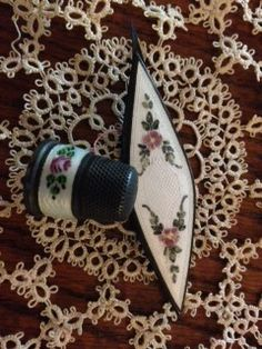 """Antique sterling """"Guilloche Enamel"""" tatting shuttle and sterling silver thimble. tattingcollector.weebly.com"""