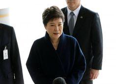 #world #news  South Korea prosecutors seek detention warrant for ousted president Park