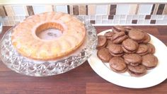Yoghurt cake and my first attempt at chocolate macarons