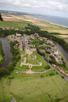 I never appreciated the landscape of Warkworth village in Northumberland with its fantastically preserved castle until I saw it from the air! Beautiful Castles, Most Beautiful Cities, Beautiful Places To Visit, Cool Places To Visit, Places To Travel, Northumberland National Park, Northumberland England, Northern England, Driveway Gate