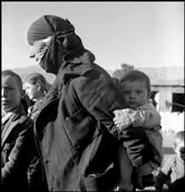 Refugees from the civil war areas. Military Branches, Greek History, In Ancient Times, Athens Greece, Cool Eyes, Middle Ages, Wwii, Places To Visit, Macedonia