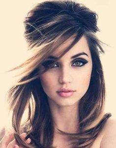 Breath-taking Fall Wedding Makeup for any brunette girls ! Pretty Hairstyles, Wedding Hairstyles, 60s Hairstyles, Vintage Hairstyles, Updo Hairstyle, Hairstyle Ideas, Backcombed Hairstyles, Straight Hairstyles, Beehive Hairstyles