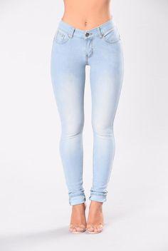 Breaking Necks Booty Lifting Jeans - Light Wash