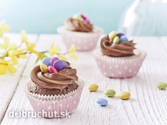 Cupcake s lentilkami Open Kitchen, Mini Cupcakes, High Tea, Quiche, Creme, Frosting, Easter, Sweets, Candy