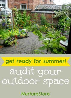 Courtyard/small garden