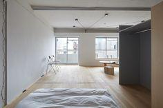 Studio sem emoção em Tóquio - HQROOM